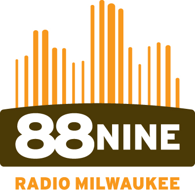 889 radio milwaukee logo